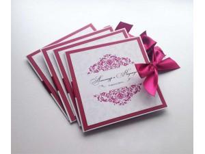 Приглашение-открытка с бантом и вензелями на заказ